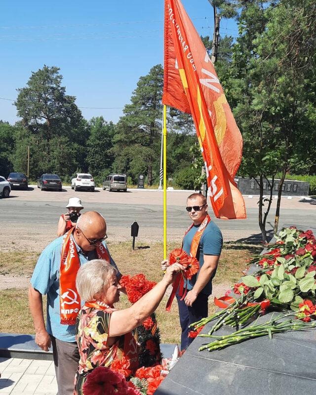 luga 100721 8 640x800 - Коммунисты Луги провели мероприятие, посвященное 80-летию со дня начала обороны на Лужском рубеже
