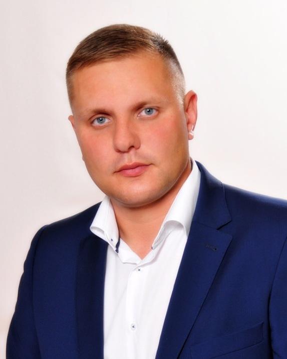 Наша команда - депутаты Законодательного Собрания Ленинградской области седьмого созыва | КПРФ